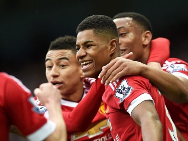 Pele offers Rashford advice