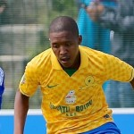 Chiefs chase Sundowns' Mokoena