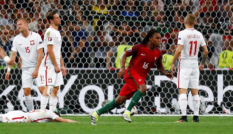 Renato Sanches saves Portugal
