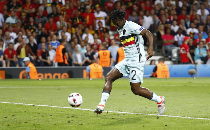 Chelsea set to win Batshuayi race