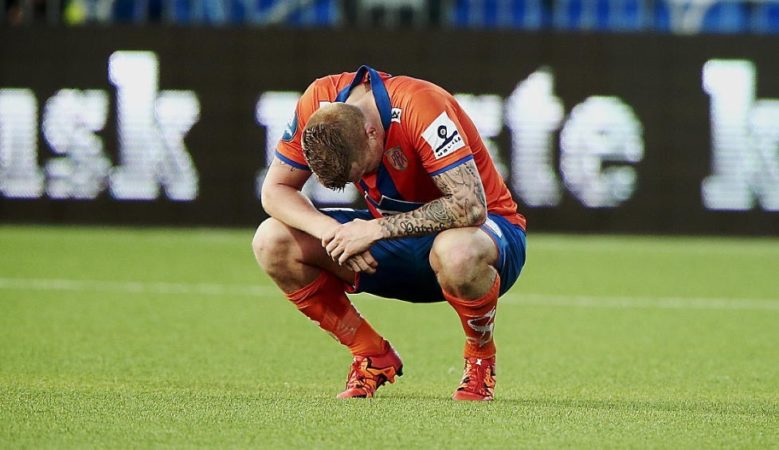 Riise calls it quits