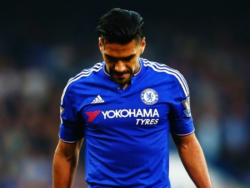 Falcao, Pato shown the door by Chelsea