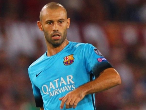 Mascherano inks new Barca deal
