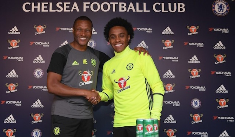 Willian commits future to Chelsea