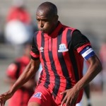 Isaacs, Hartog train with Santos