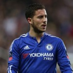 Hazard gives Chelsea injury scare