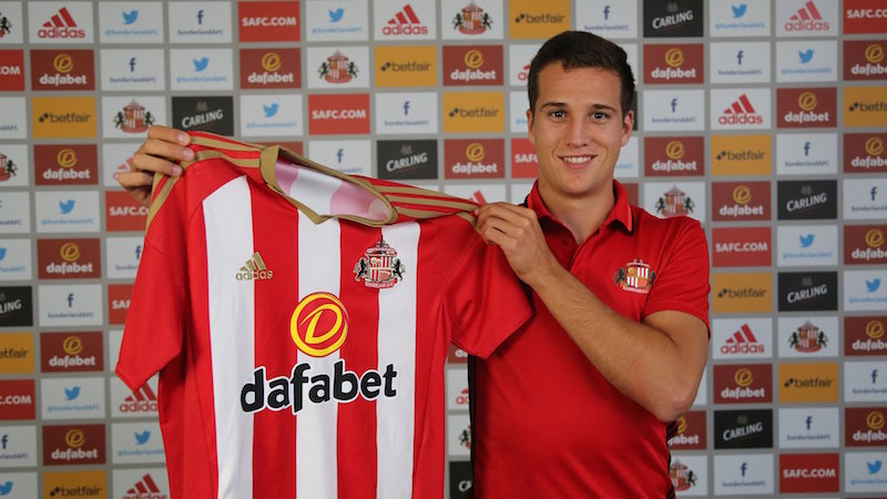 Manquillo switches Atletico for Sunderland
