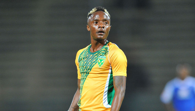 Mahachi switches Downs for Arrows