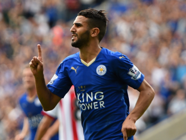 Mahrez signs new Leicester deal