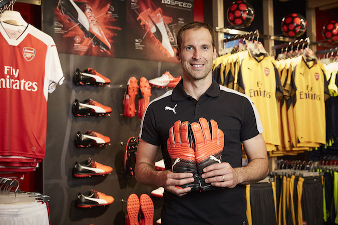 Cech places his trust in Puma