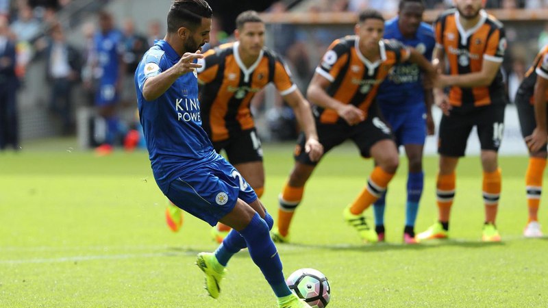 Mahrez on target for Leicester