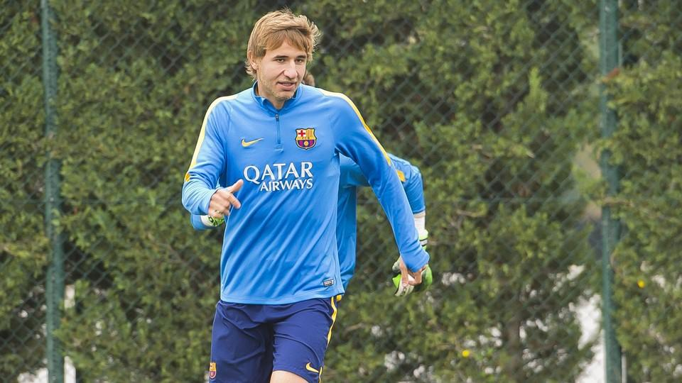 Samper joins Granada on loan