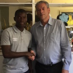 Myeni re-signs for Wits