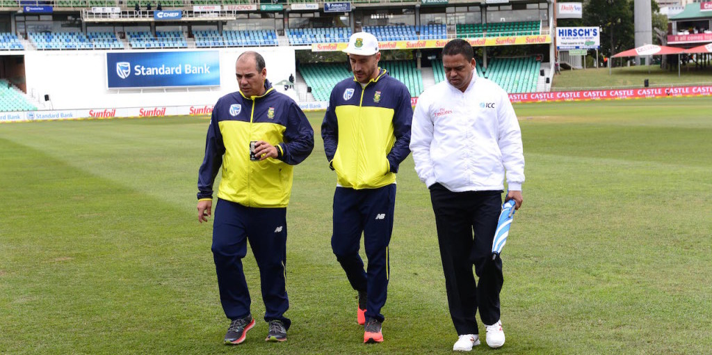 Russell Domingo, Faf du du Plessis and reserve umpire Shaun George
