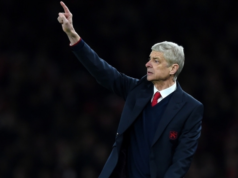 Wenger laments market prices