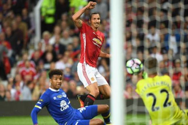 Ibra leads United to victory