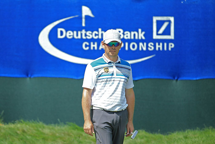 Oosthuizen soars into contention