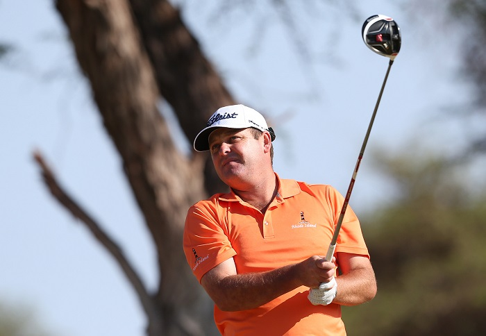 Home-ground edge gives Theunis Sishen lead