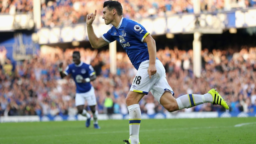 Barry stars as Toffees cruise