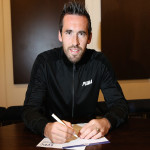 Fuchs signs new Leicester deal