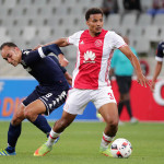 Rivaldo Coetzee gets away from Eleazar Rodgers