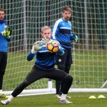 Schmeichel, Drinkwater face late fitness test