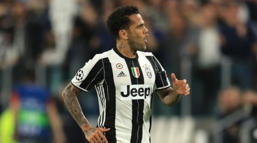 Juventus right back Daniel Alves