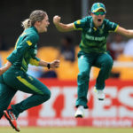 Van Niekerk, Lee crush India