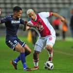 Toriq Losper of Ajax Cape Town takes on Granwald Scott of Bidvest Wits