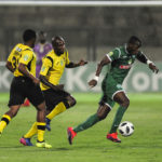 Camaldine Abraw has the Mthatha defence rushing in to chase him down