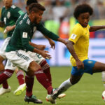 Willian unfazed by Barca rumours