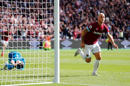 West Ham add to United woes