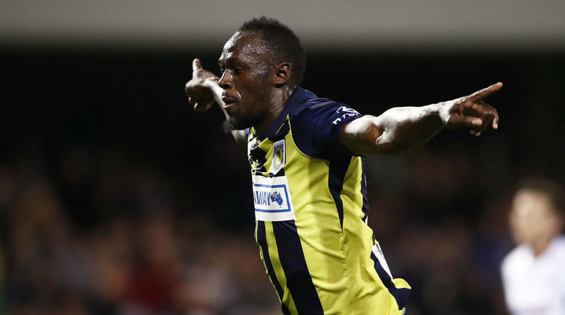 Watch: Bolt nets brace for Central Coast Mariners