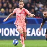 Ivan Rakitic of Barcelona and Radja Nainggolan of Inter Milan