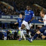 Rampant Spurs hit six past Everton