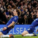 Chelsea down Man City